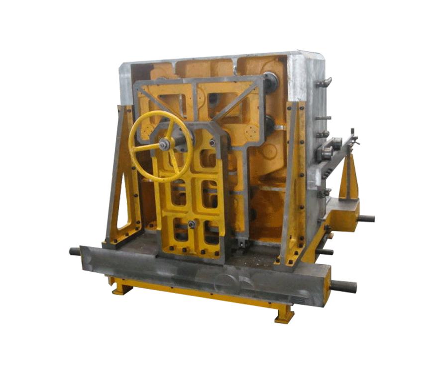 大型机体缸筒芯开模机构模具